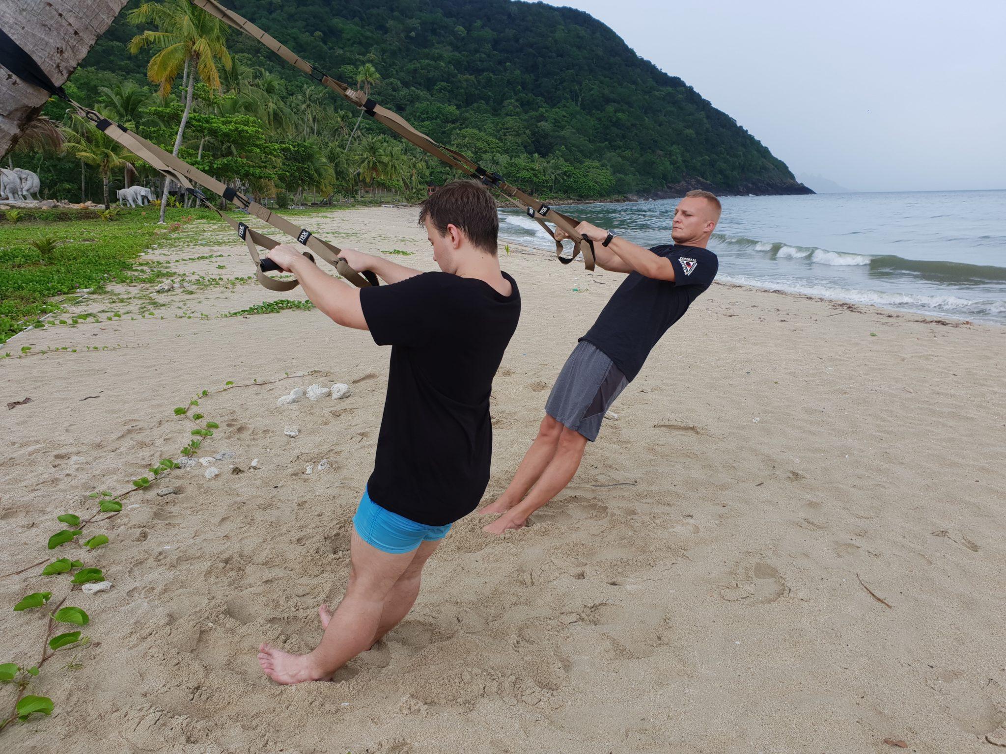 Trening z TRX w Tajlandii na wyspie Koh Chang